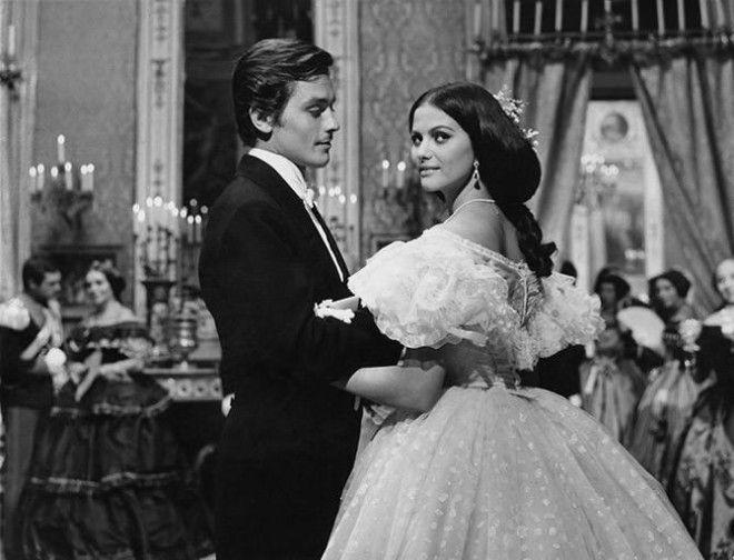 Французская актриса Брижит Бардо Кадр из фильма «Вива Мария!», 1965 год Вне рейтинга: Итальянская ак