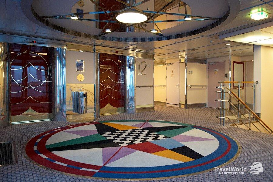 Длинный коридор: