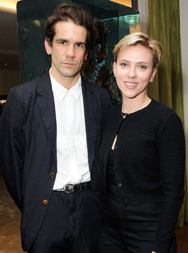 Инициатором разрыва после трех лет брака стала актриса. Она приняла решение покинуть супруга еще про
