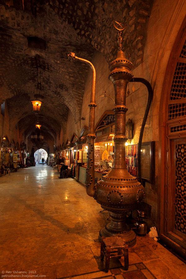 Мечеть Омейядов.  (Кликабельно, 1345×598 px):