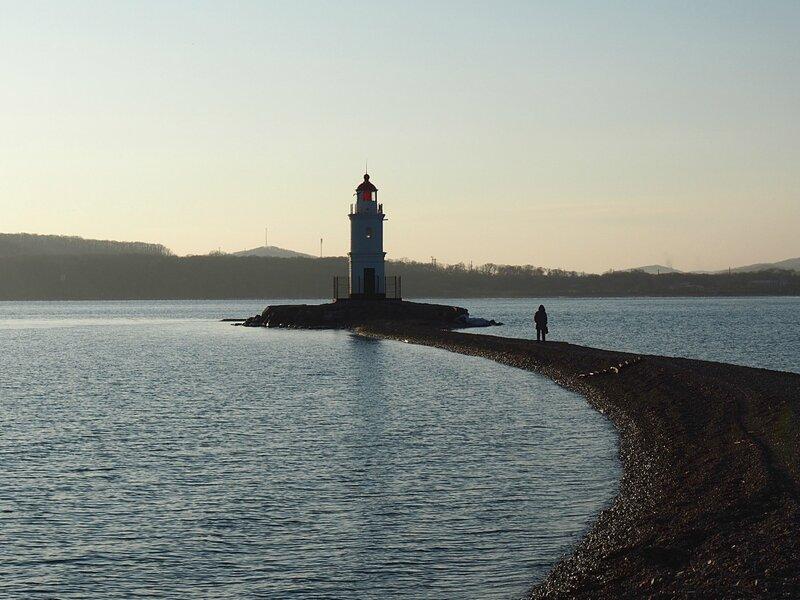 Владивосток, возле маяка (Vladivostok, near the lighthouse)