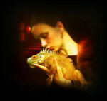 Девушка с игуаной.
