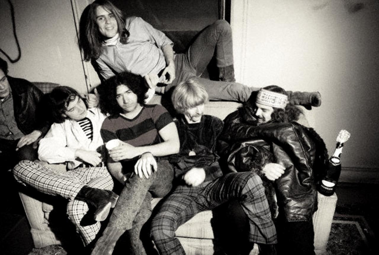 1966. «The Grateful Dead»
