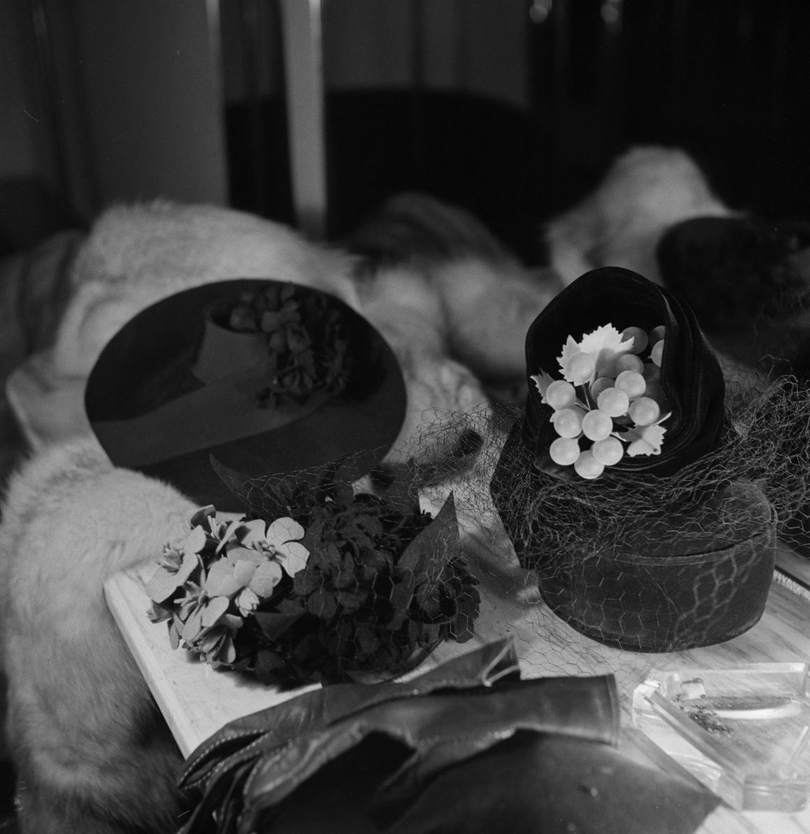 25. Различные шляпы
