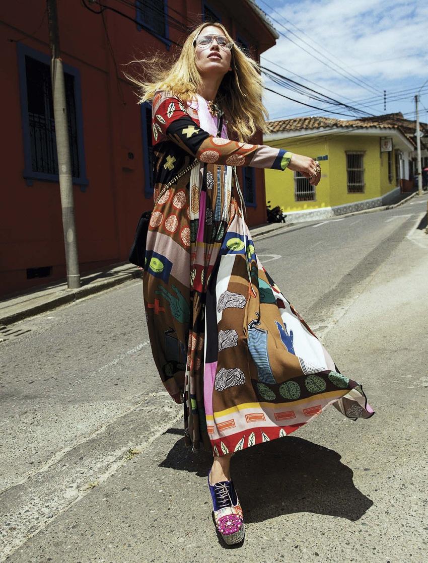 Hana Jirickova by Sebastian Kim for Vogue Mexico October 2017
