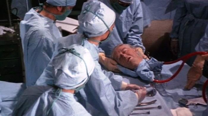 Итальянский нейрохирург пересадил голову