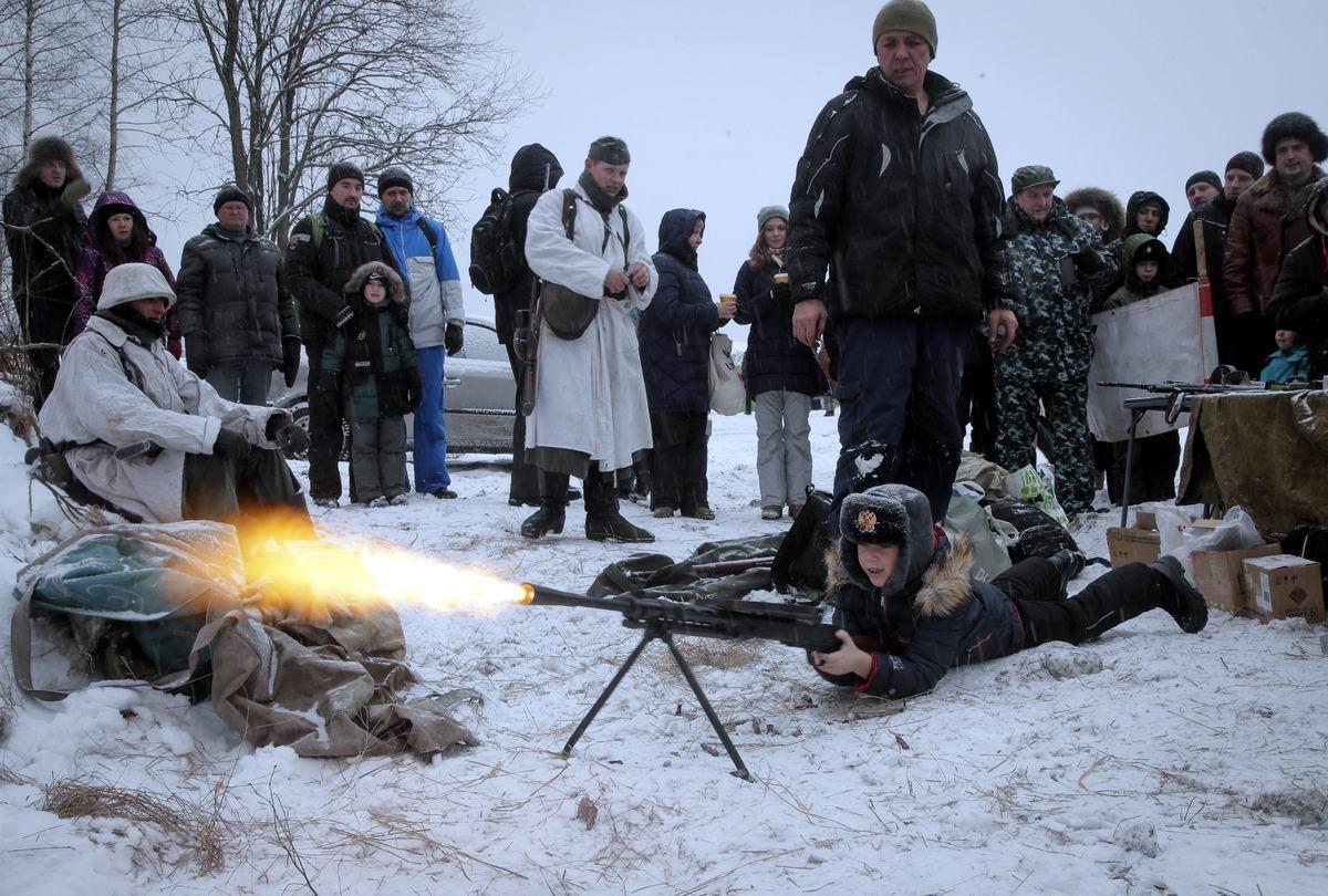 Готов дать всем вам прикурить: Юный пулеметчик среди зимних снегов
