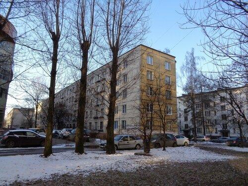 Краснопутиловская ул. 105