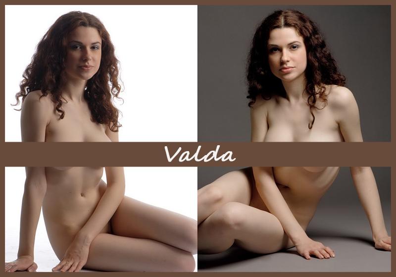 Обнажённая Valda в студии
