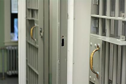 Школьник во Флориде попал в тюрьму за то, что отказался идти в школу