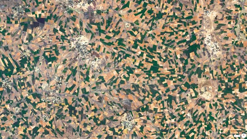 Удивительные виды Земли из космоса 0 131df2 483cf295 orig