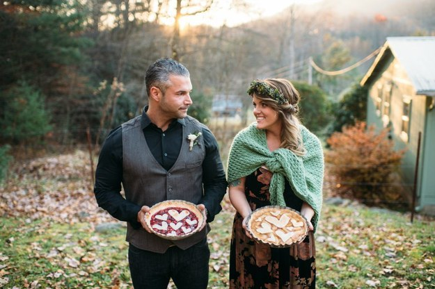 венки-из-цветов-фото-свадьба19.jpg