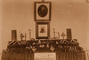 Вид части экспозиции с работами учащихся  Читинского ремесленного училища императора Николая II.