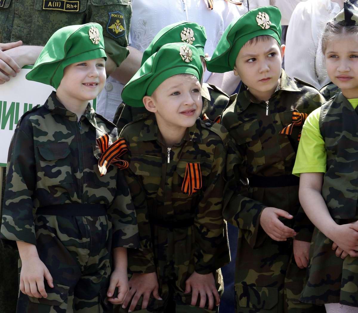 Между правдой и ложью: Про Парад детских войск в Ростове-на-Дону (24)