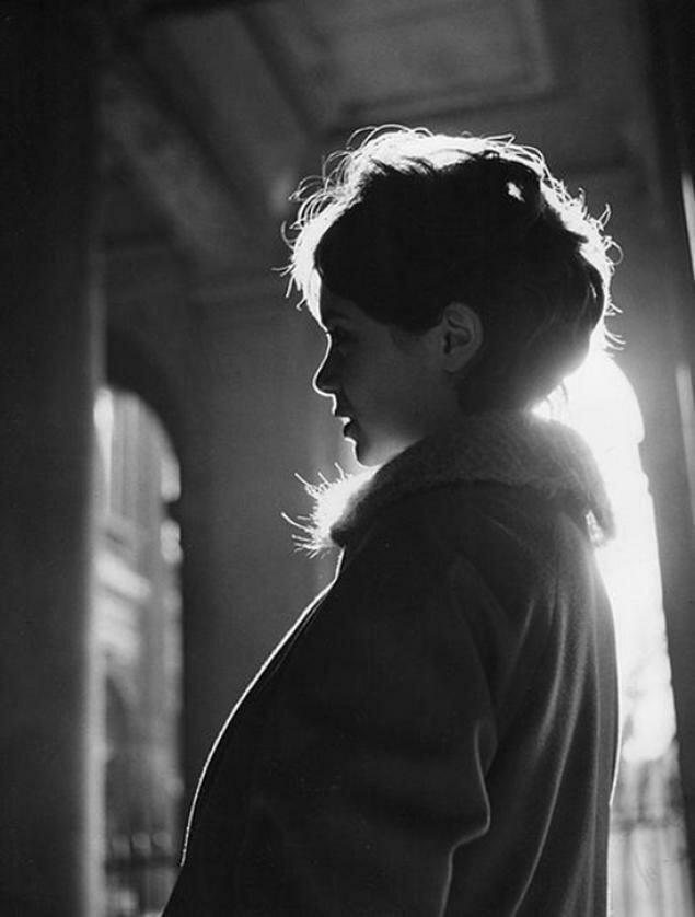 1958. Анни Фарг