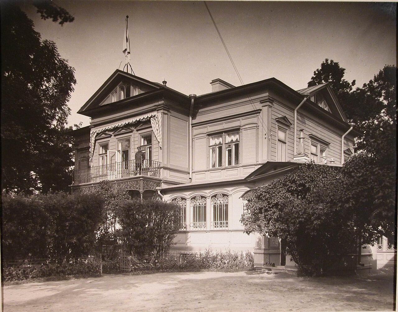02. Вид главного здания патроната-убежища