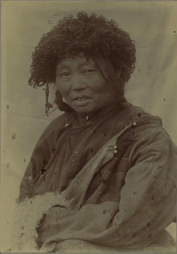 44. Таджинка. Жена шамана