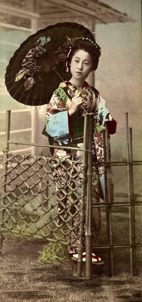 Гейша у бамбуковых ворот