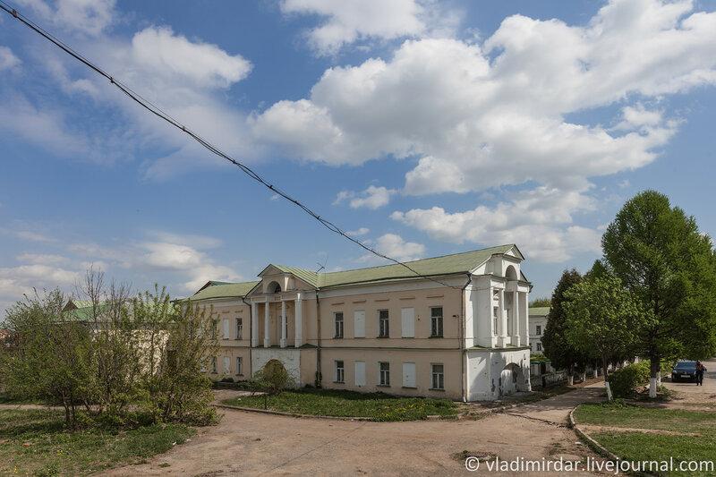 Западный флигель усадьбы Ивановское. Подольский краеведческий музей.
