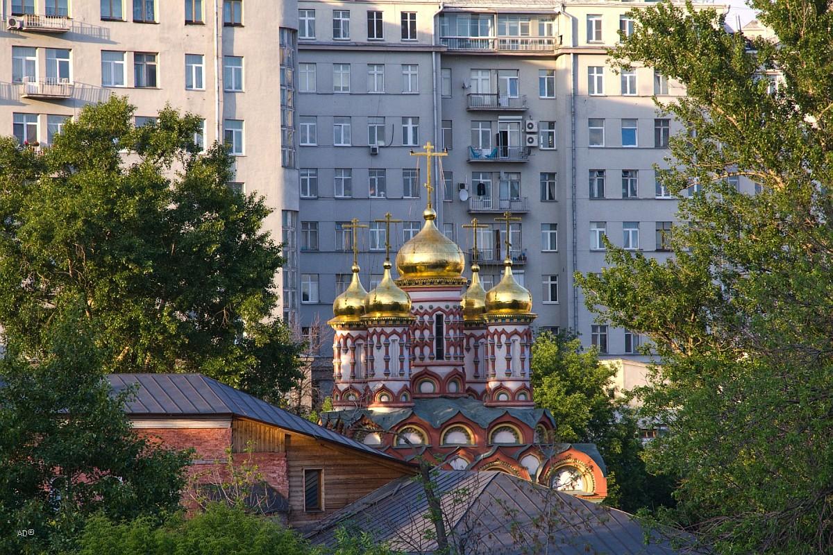 Храм Николая на Берсеневке в Верхних Садовниках