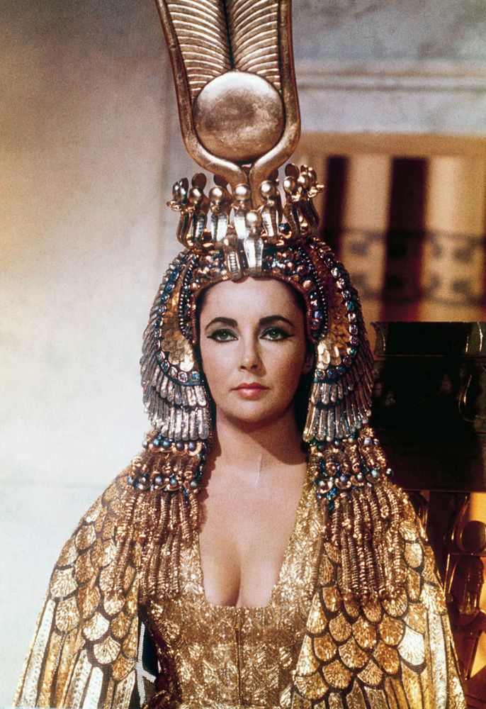 1963 Elizabeth Taylor.jpg