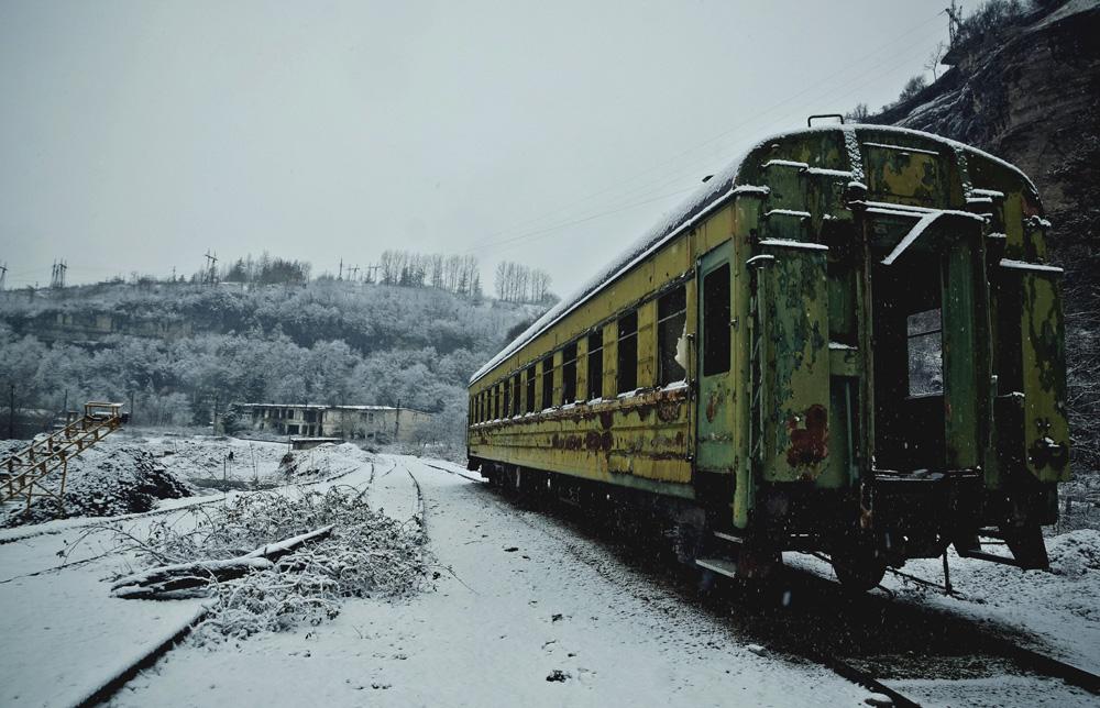 Заброшенные ветки железной дороги.