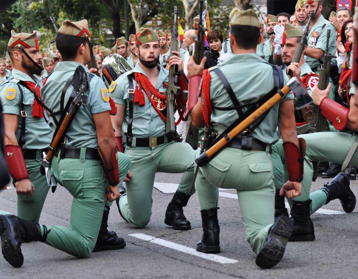 Про козла на веревочке и другие атрибуты Испанского легиона (32)