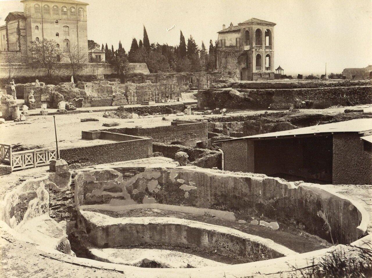Дворец Цезарей. Бассейн