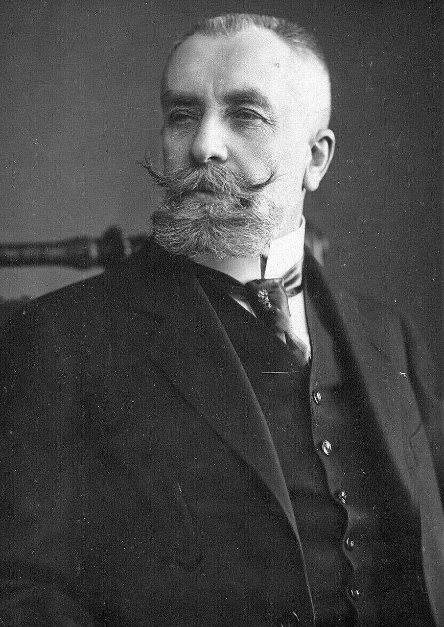 29.Гофмейстер, сенатор 1-го департамента Сената Иосиф Грацианович Кнолль 1914
