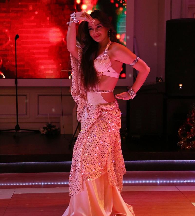 Российскую танцовщицу задержали в ночном клубе Египта за непристойное поведение