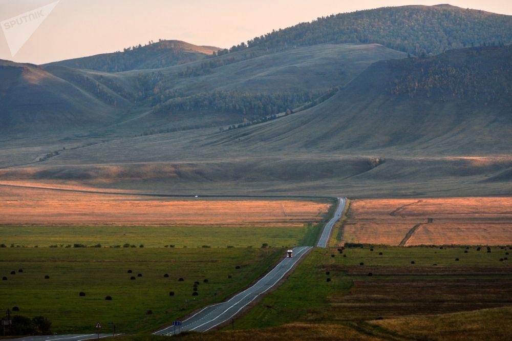 Красивые пейзажи осенней Сибири (13 фото)
