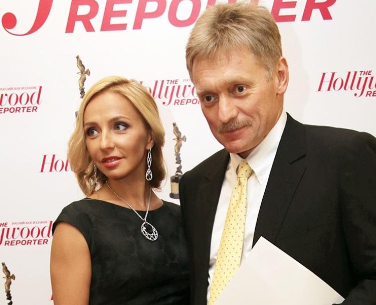 Пресс-секретарь президента 20 лет был женат на Екатерине Солоцинской. В семье росли трое детей — доч