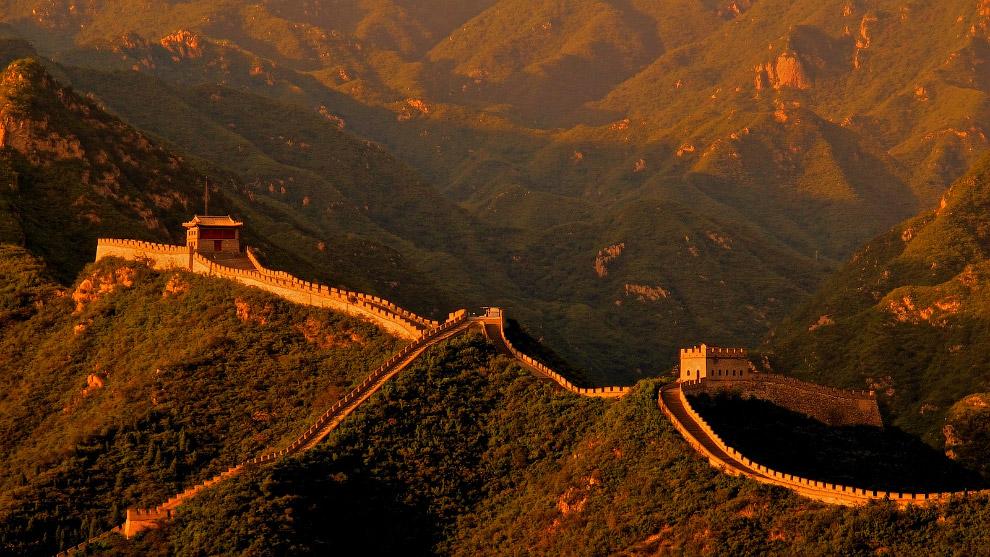 Подробнее смотрите: « Великая китайская стена. Бадалин ».    ЛОХ-НЕССКОЕ ЧУДОВИЩЕ, ШОТЛА