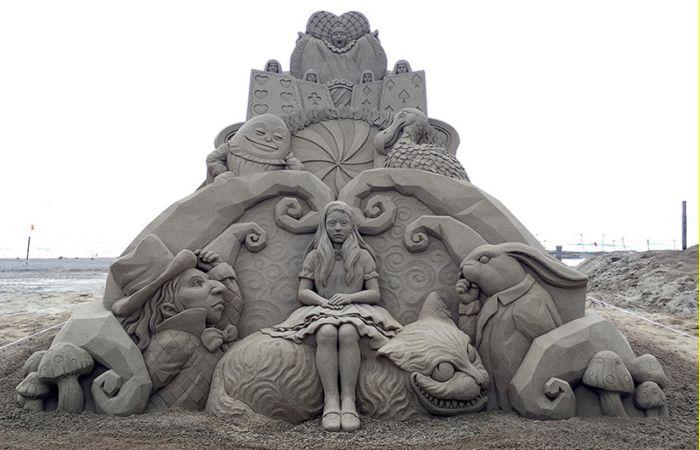 Шедевры из песка от японского мастера (14 фото)