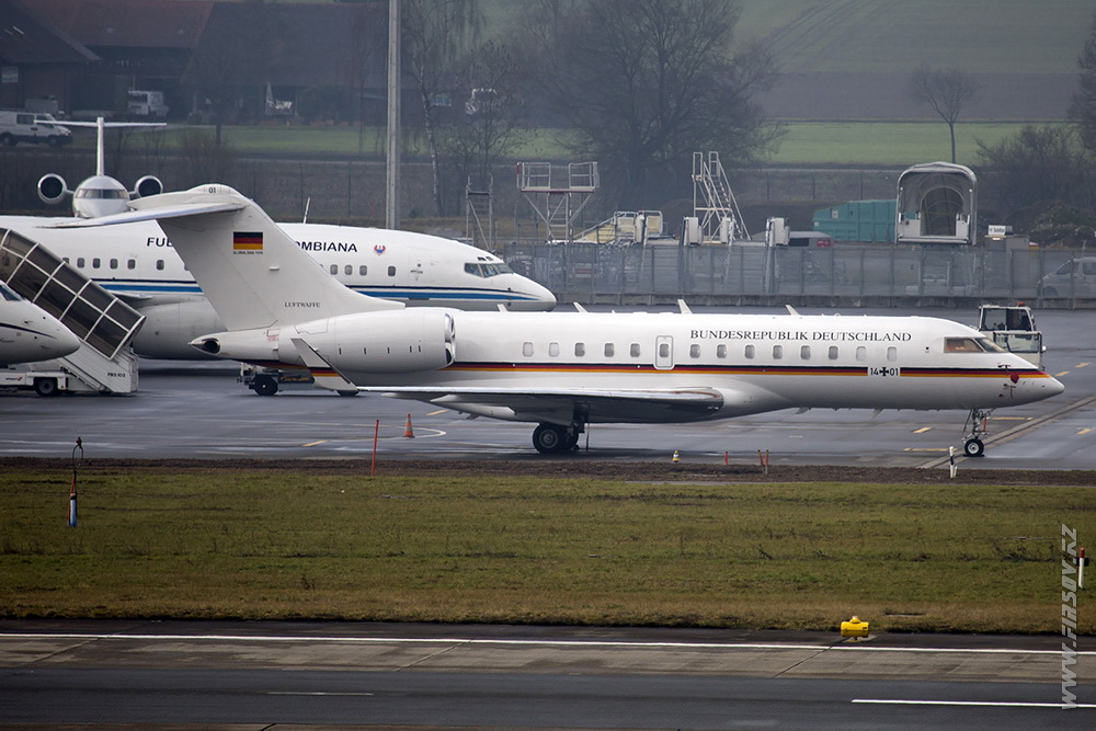 Bombardier_BD-700_1401_German_Air_Force_1_ZRH.JPG