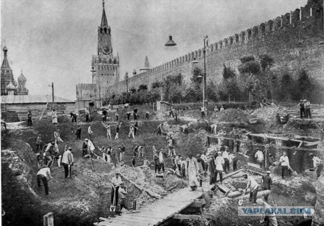 Строительство мавзолея Ленина