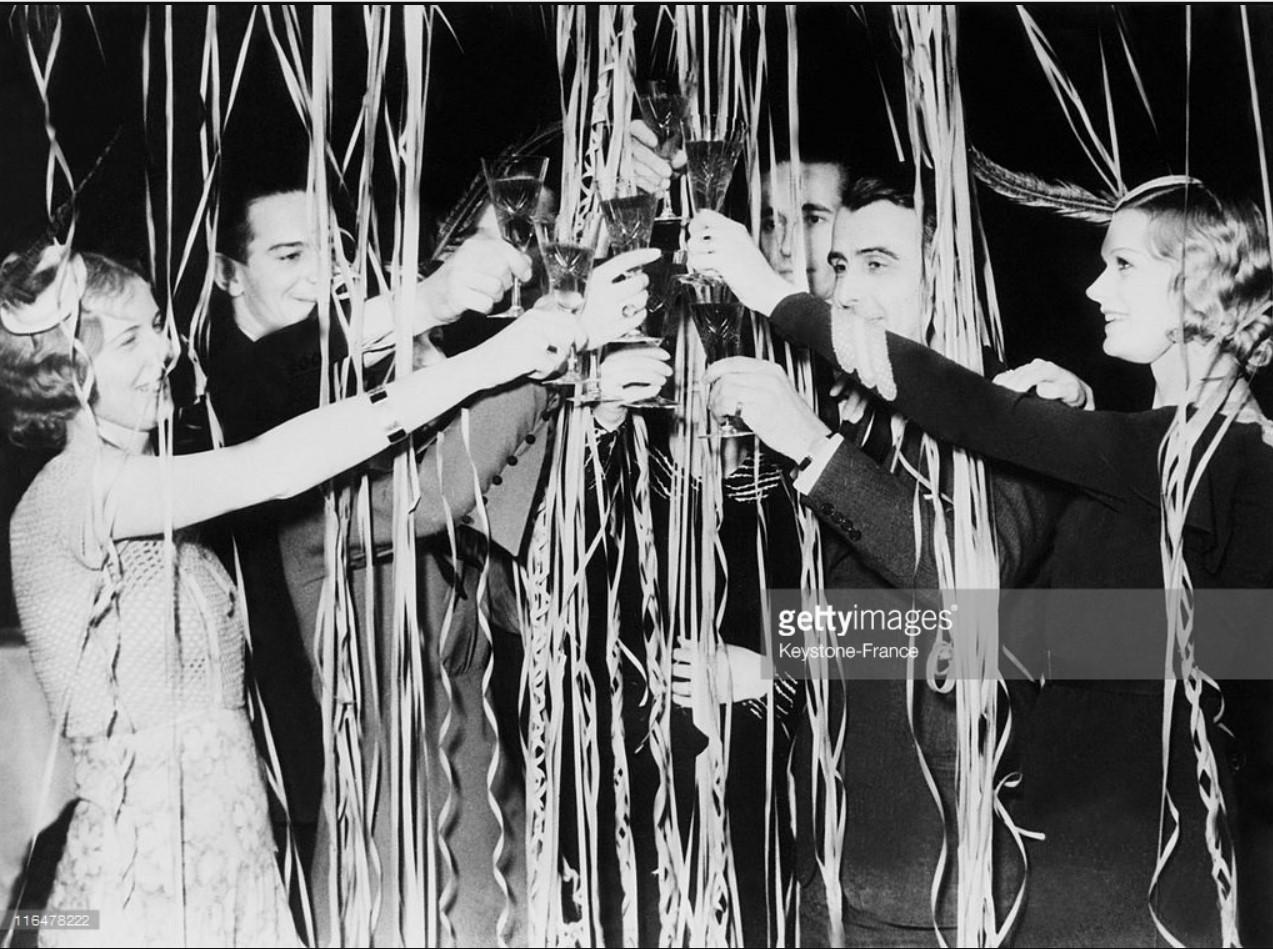 1937. Новогодняя вечеринка во Франции 31 декабря