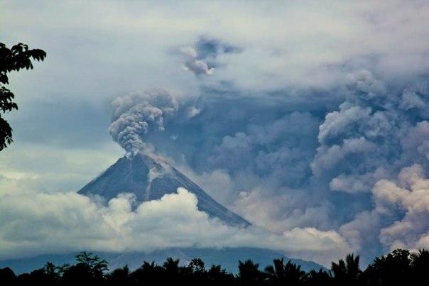 Красивые фотографии: извержения вулканов 0 10f55c 39e64b92 orig