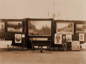 Вид экспонатов отдела Светопись и живопись -  работы художника С. Р. Бирнбаума.