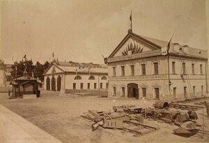 Вид на павильоны, где располагались кустарный и железнодорожный отделы выставки.