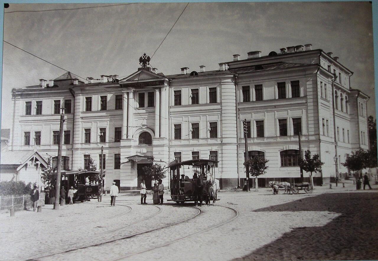 06. Вид фасада здания Третьей Киевской гимназии