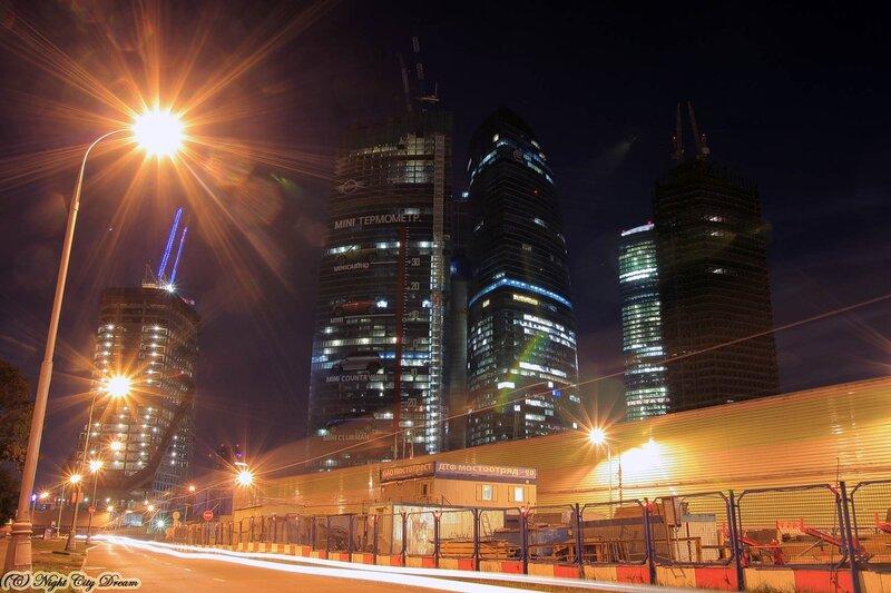 http://img-fotki.yandex.ru/get/5104/night-city-dream.54/0_33e73_e49265ac_XL.jpg