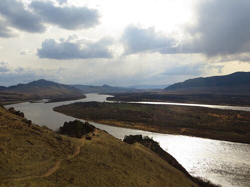 Крупнейший приток Байкала - река Селенга - на которой планируется строительство ГЭС Шурен. Фото: Александр Колотов