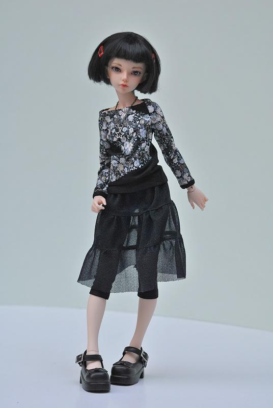 Minifee black outfit