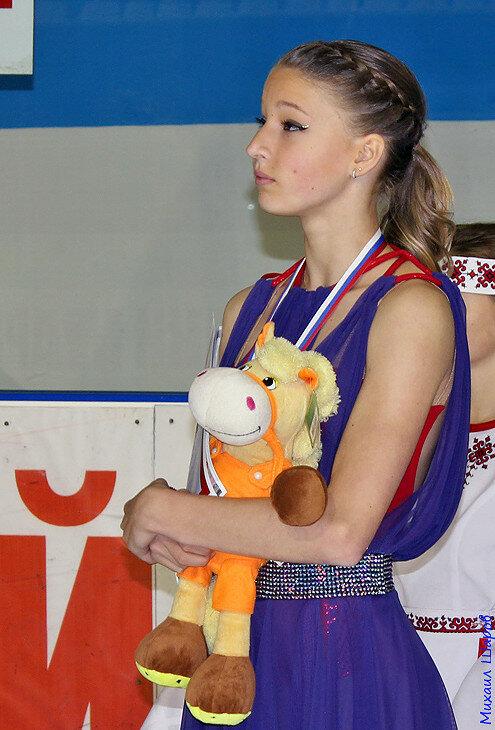 Мария Сотскова - Страница 4 0_13d399_5a1a2b17_XL