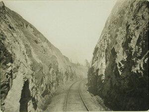 Вид части железнодорожного полотна у Яблонового хребта