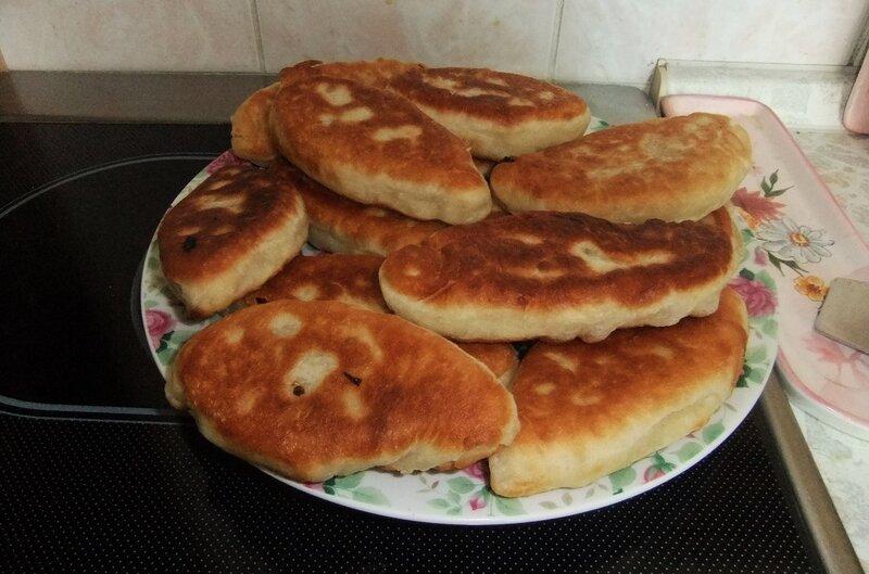 Пирожки постные с капустой на скорую руку