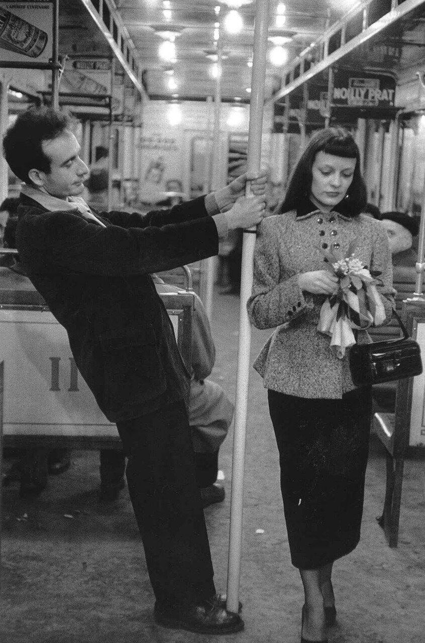 1953. Марк и Кристина Шевалье в паржском метро