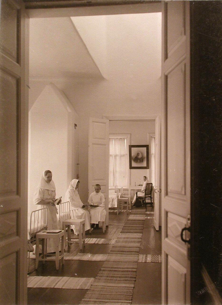26. Вид палат хирургического отделения больницы