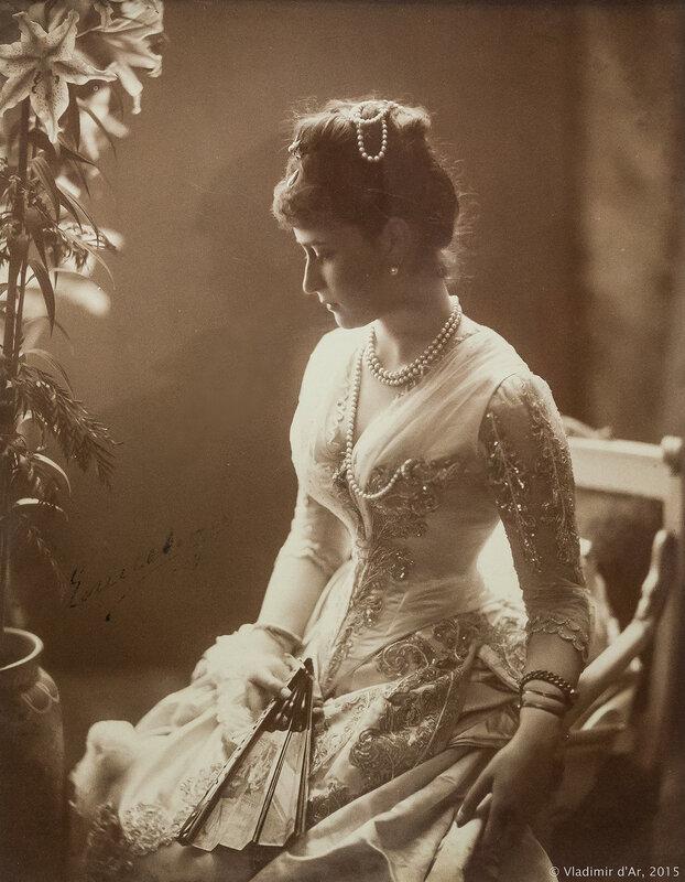 Портрет великой княгини Елизаветы Федоровны. Мендельсон Г.С. 1888 год. Фотография. С автографом «Елисавета».